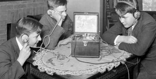 Хто винайшов радіо